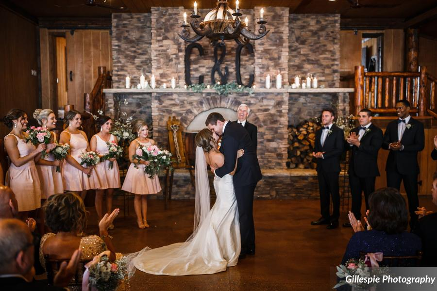 Planning A Wedding On Budget Winter Weddings Are The Perfect Answer Spruce Mountain Offers Ed Rates For Between Months Of November